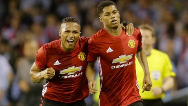 Manchester mit einem Bein im Europa-League-Finale