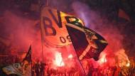DFB ermittelt gegen Dortmund und Frankfurt