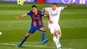 Zittersieg gegen Barca: Kroos gewinnt mit Real Clásico