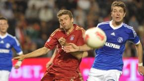 Testspiel FC Schalke 04 - FC Bayern München in Doha