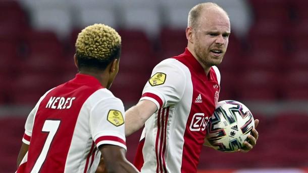 Ajax mit Rumpfmannschaft in Champions League