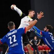 Bundesligist Andy Schmid am Montag mit vollem Einsatz gegen Rekord-Weltmeister Frankreich