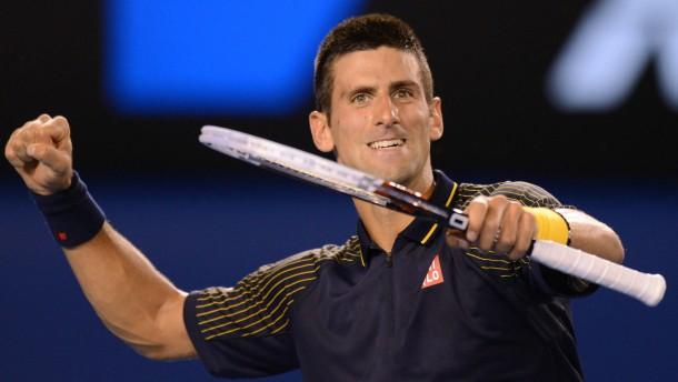 Djokovic zieht ins Endspiel ein