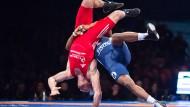 Harte Positionskämpfe im Ringen: Es geht um die Zukunft des Sports.
