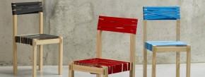 TIGHT von Wouter Defrancq kommt ganz ohne Leim und Nägel aus. Mehr als ein paar Holzlatten und bunte Spanngurte, geliefert in einem flachen Paket, sind nicht nötig, um mit wenigen Handgriffen einen stabilen Stuhl zusammenzubauen. Genauso schnell lässt er sich wieder zerlegen, verpacken und bei Bedarf sogar mit auf Reisen nehmen