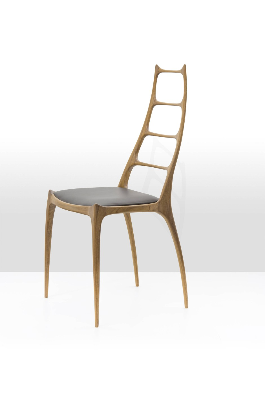 Einst verboten, heute begehrt: Stuhl H106