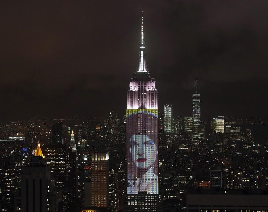 Ikonen-Status: Model Stephanie Seymour 2017 im Porträt auf dem New Yorker Empire State Building.