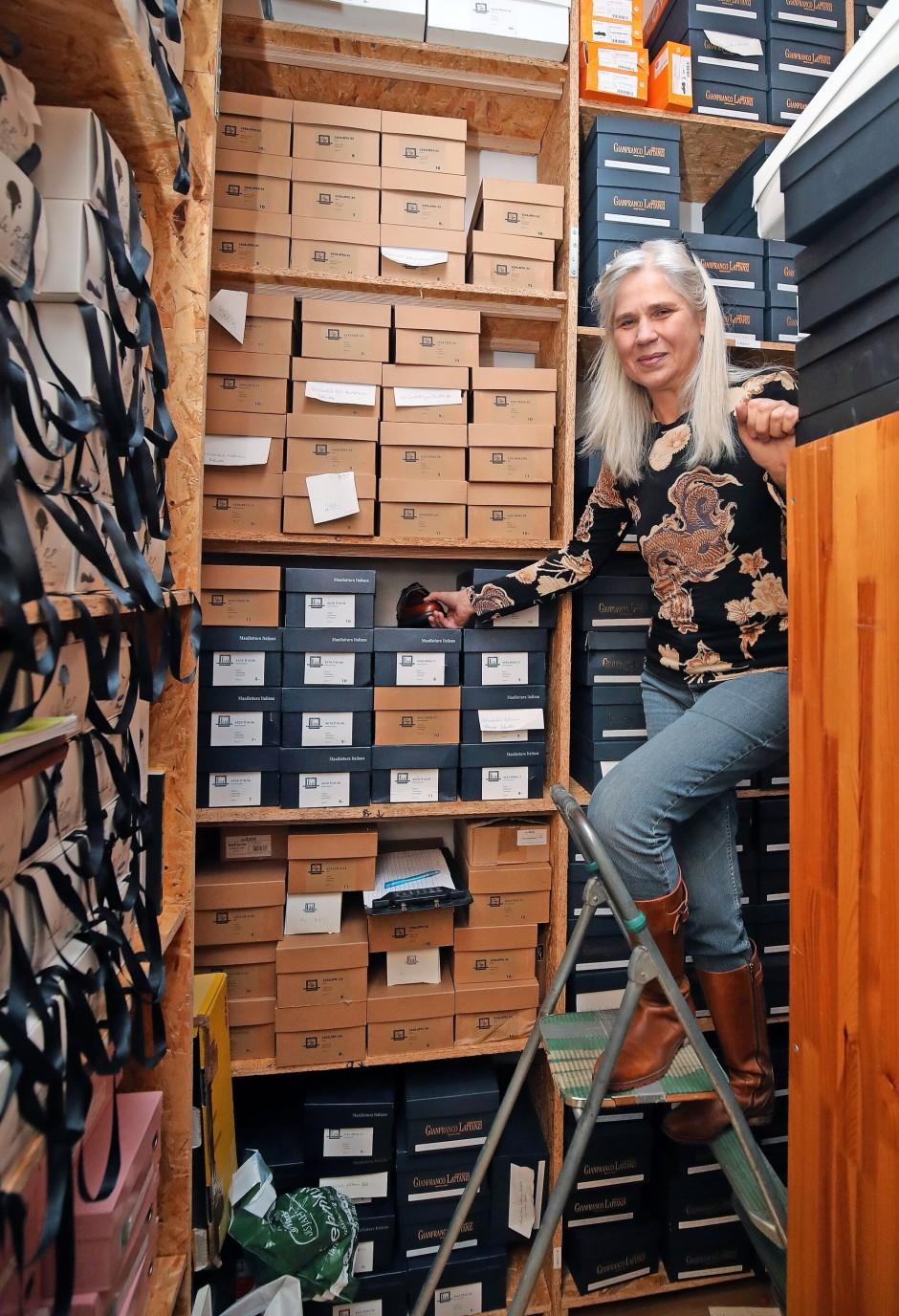 """""""Einen gut gemachten Schuh zu berühren ist für mich eine Erfüllung"""": Weigert in ihrem Lager."""