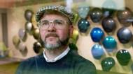 Ein Mann sieht bunt. Mark Gutjahr, Trenddetektiv und Chefdesigner für Europa bei BASF Coatings.