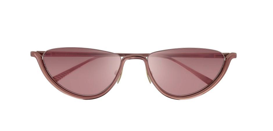 Das ist die rosarote Brille: Modell von Bottega Veneta