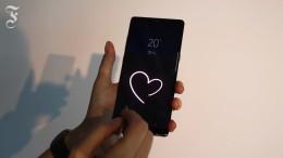 Smartphone mit Herz