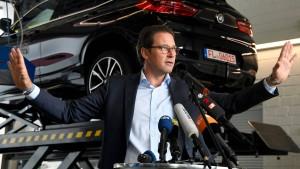 Scheuers Wende in der Dieselaffäre