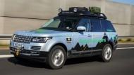 Range Rover Hybrid unterwegs nach Indien