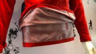 Innenseite eines Kleidungsstücks mit Omni-Heat 3 D von Columbia