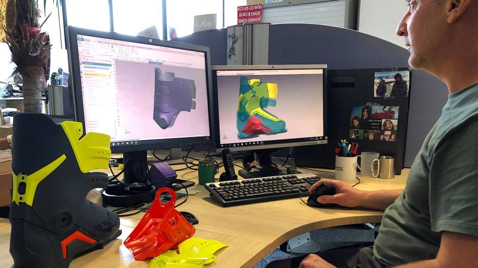 Für jede Schuhgröße werden am CAD-Rechner Tausende Flächen modelliert.