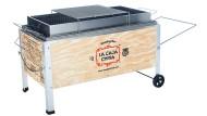 Alle Modelle sind aus Holz mit Alublech-Innenleben und werden in jeweils zwei Kartons als Bausatz geliefert.