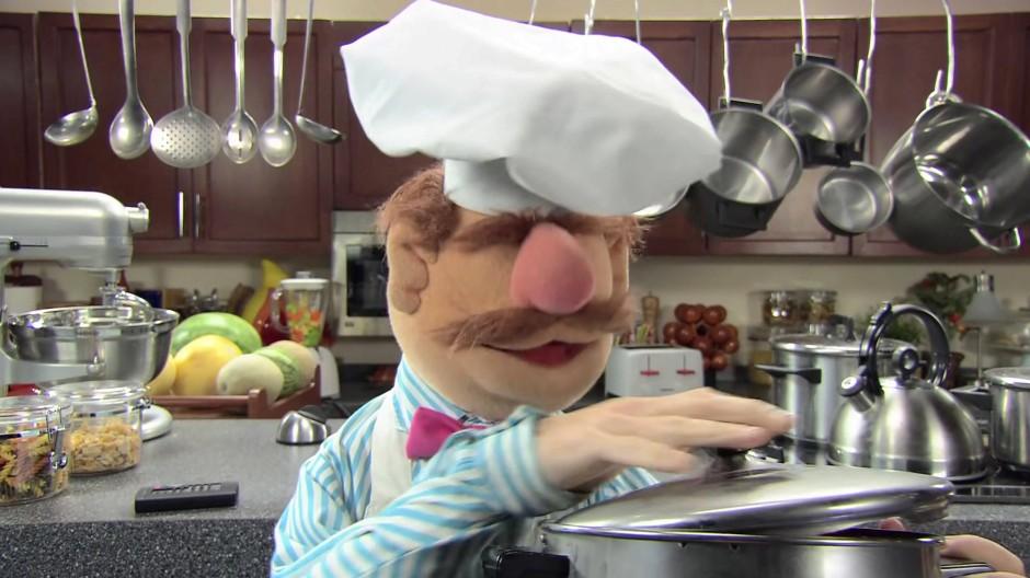 Auch der Koch der Muppet Show hat einen Maschinenpark in der Küche.