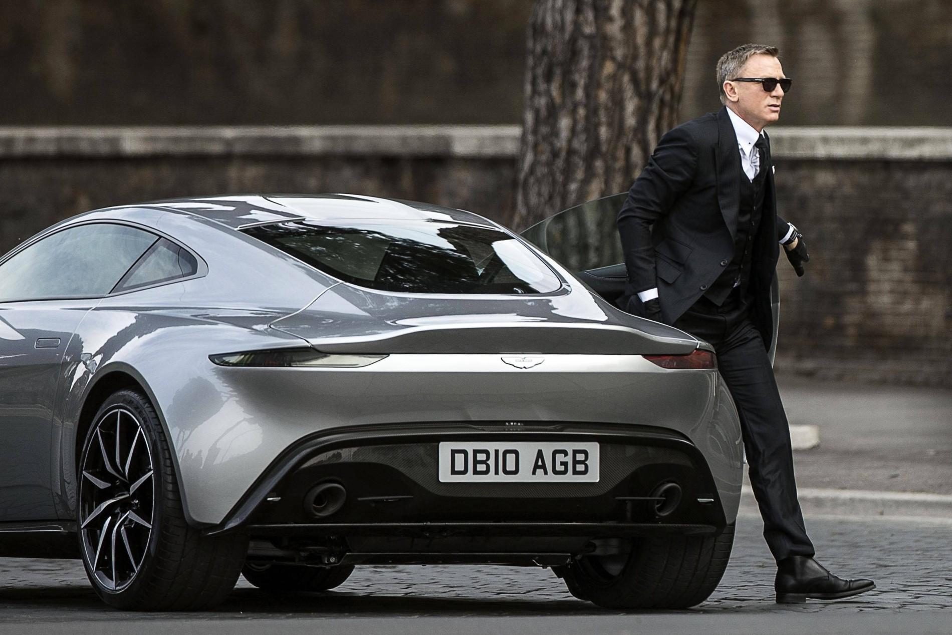 James Bond Dreh In Rom Gewagte Autostunts Für Spectre