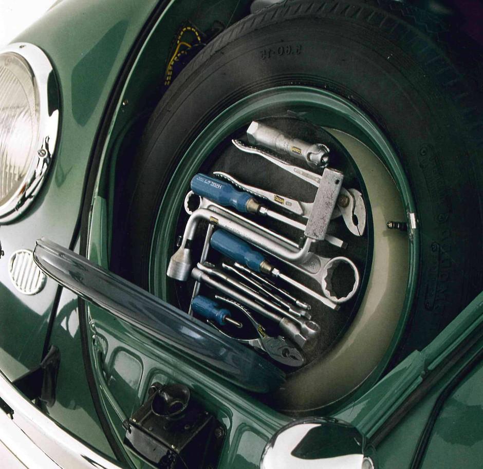 Werkzeugkoffer von Hazet im Ersatzrad