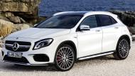 Der GLA von Mercedes-Benz fährt mit verschiedenen Infotainment-Systemen vor.