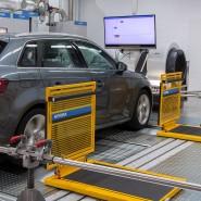 Seit September 2017 gilt das WLTP, ein weltweit harmonisiertes Prüfprogramm. Hier eine Abgasprüfung beim TÜV Rheinland.