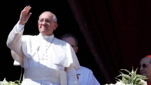 Papst erteilt Segen Urbi et Orbi