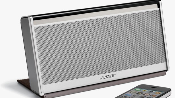 soundlink wireless mobile speaker von bose f r park und. Black Bedroom Furniture Sets. Home Design Ideas