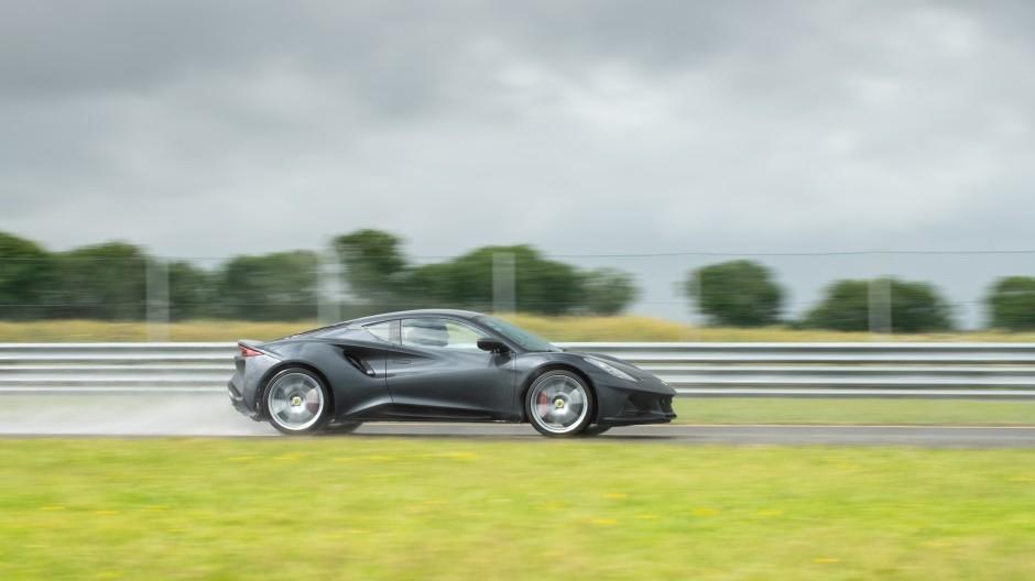"""Ein """"Junior-Sportwagen"""" für einen Einstiegspreis von 72.000 Euro."""