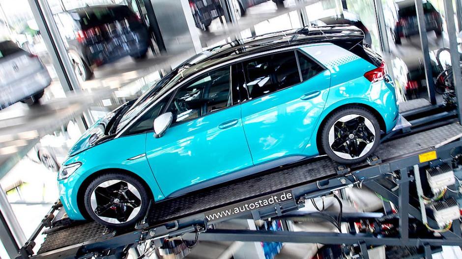 Wer wird die Wahl gewinnen? Der Volkswagen ID.3 ist einer der sieben Finalisten.