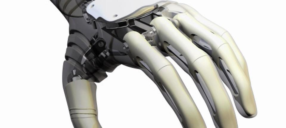 4526cd7f276c44 Die Hand am DynamicArm bietet mit vier beweglichen Fingern und einem  separat positionierbaren Daumen eine bisher