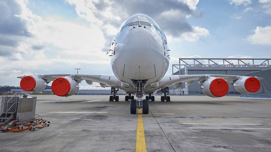 Wer seinen A380 derart parkt, rechnet mit einer längeren Zwangspause.