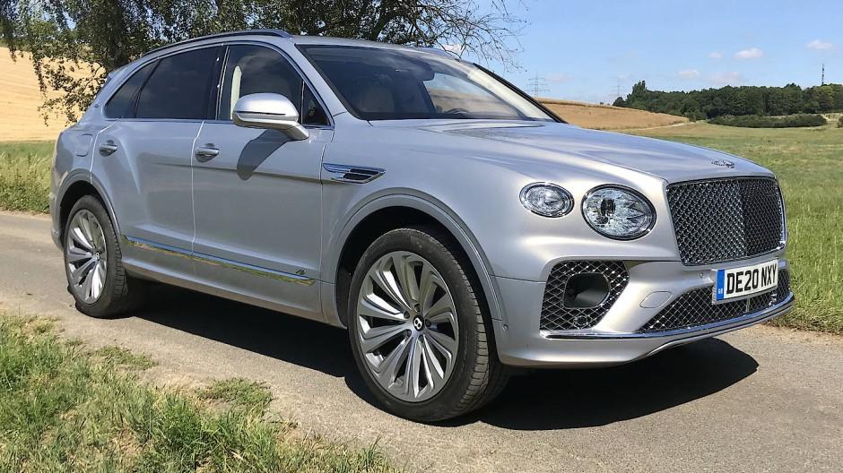 Gut vier Jahre nach seinem Marktstart überarbeitet Bentley den Bentayga.