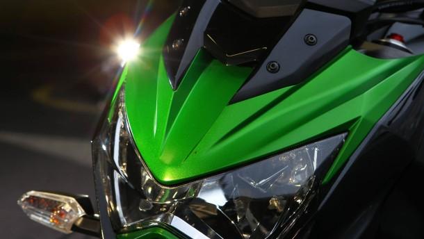 Kawasaki Z800 Launch