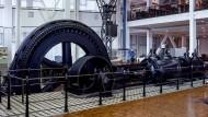 Im Technoseum steht eine der wenigen Dampfmaschinen in Deutschland, die noch mit Dampf betrieben werden kann.