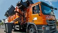 Einmannbetrieb: Dafür müssen die Tonnen in Reih und Glied stehen
