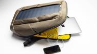 Fest eingebaut: Der Iconic von Sunnybag mit Solarzellen auf der Rückseite ...
