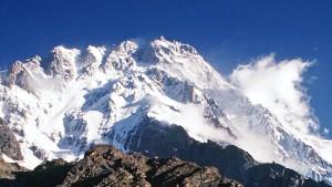 Extremisten töten zehn ausländische Bergsteiger