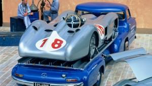 Huckepack genommen: Porsche, Ferrari und Co.
