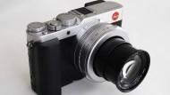 Typisch Leica: Traditionelles Design...