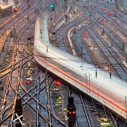 Die Bahn auf der Suche nach Problemlösern.