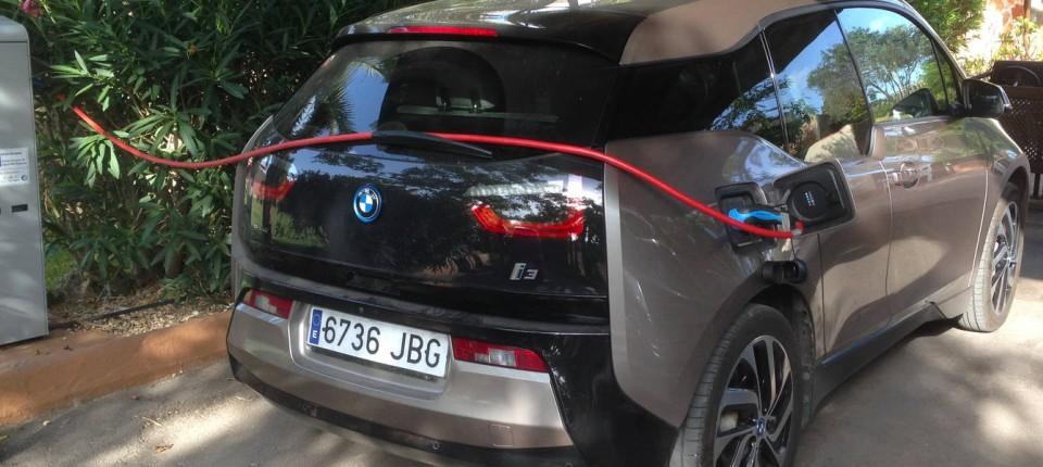 Erfahrungsbericht zweier Trendsetter über den Alltag im BMW i3