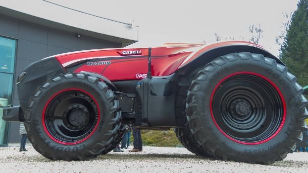 autonomes fahren k nftig steuert der landwirt den traktor. Black Bedroom Furniture Sets. Home Design Ideas