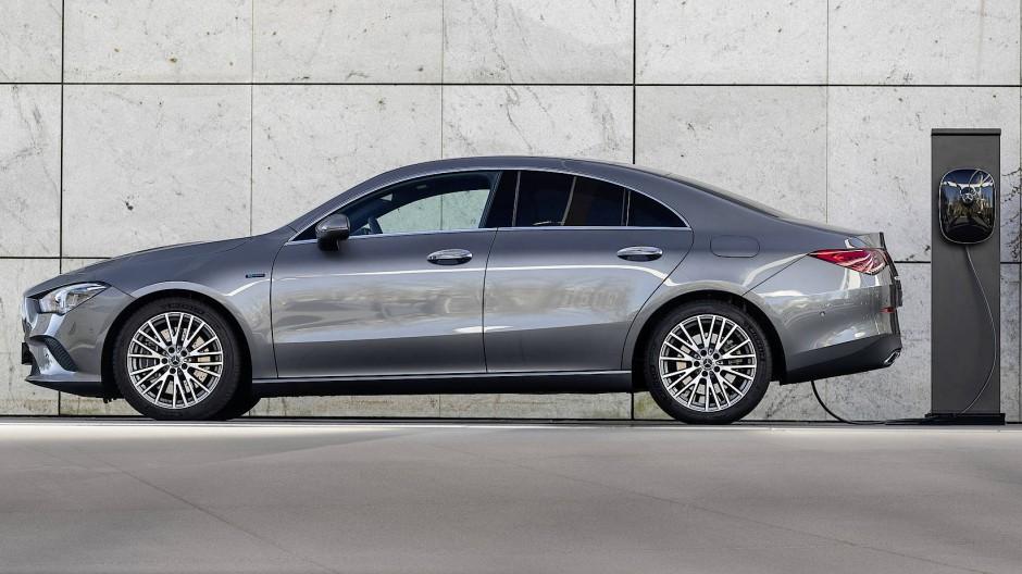 So lang wie eine C-Klasse: Mercedes-Benz CLA 250 E
