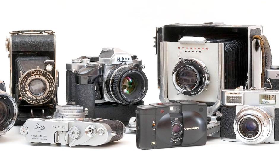 Analoge Fotoapparate für den herkömmlichen Film von Hasselblad über Leica bis Olympus, Nikon und Minolta.