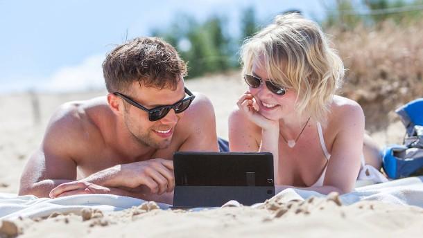 So verwahren und verwalten Sie Fotos im Urlaub