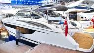 Die kleinste Princess V40 für 400000 Euro.