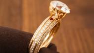 Der innere Ring dreht durch, der Diamant steht fest.