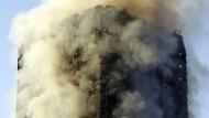Der Grenfell Tower ist nahezu komplett abgebrannt.