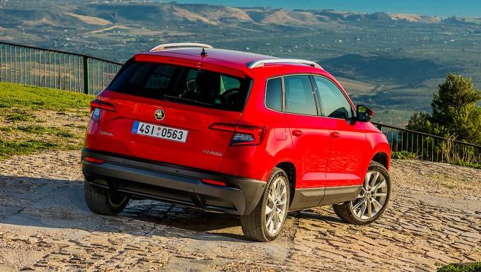 Škoda karoq und seat arona: die familienrasselbande legt los - motor