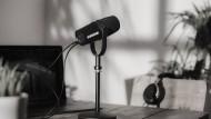 Sprachsicher: Das Mikrofon Shure MV7 sieht aus wie für Profis gemacht und kann viel.
